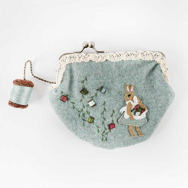 Bunny Bobbins sewing purse kit