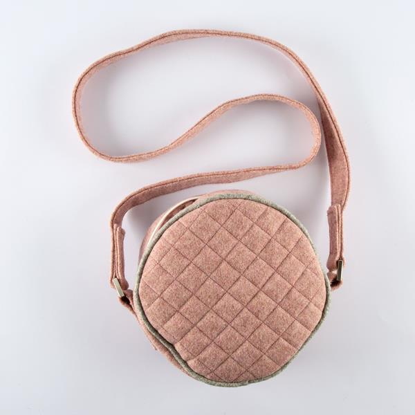 Rosa's bag