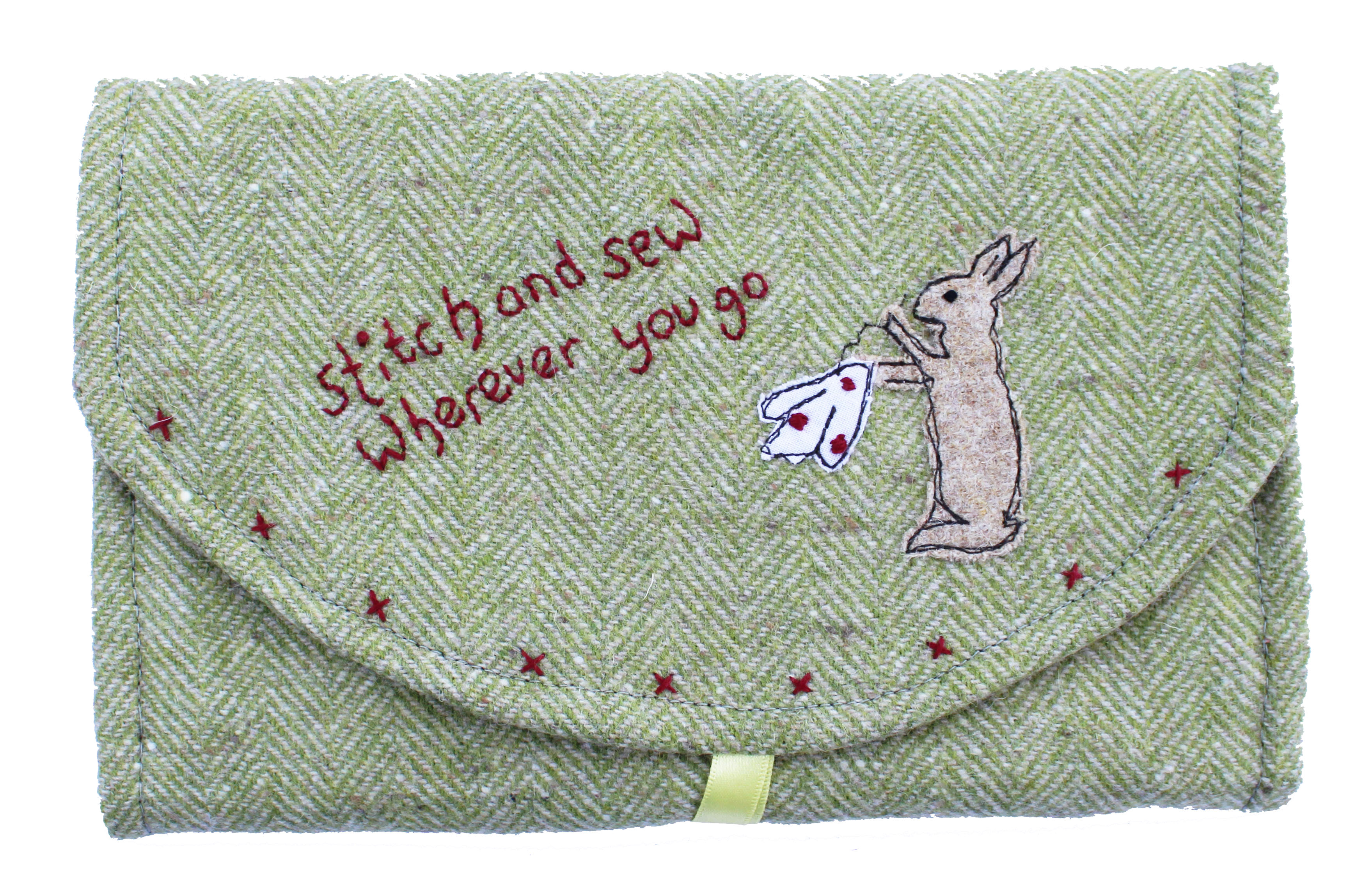 Stitch and Sew Wherever You Go Applique Purse Sewing Pattern