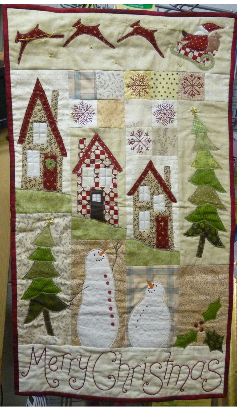Scrappy Christmas Everyone, Wall hanging Sewing Pattern