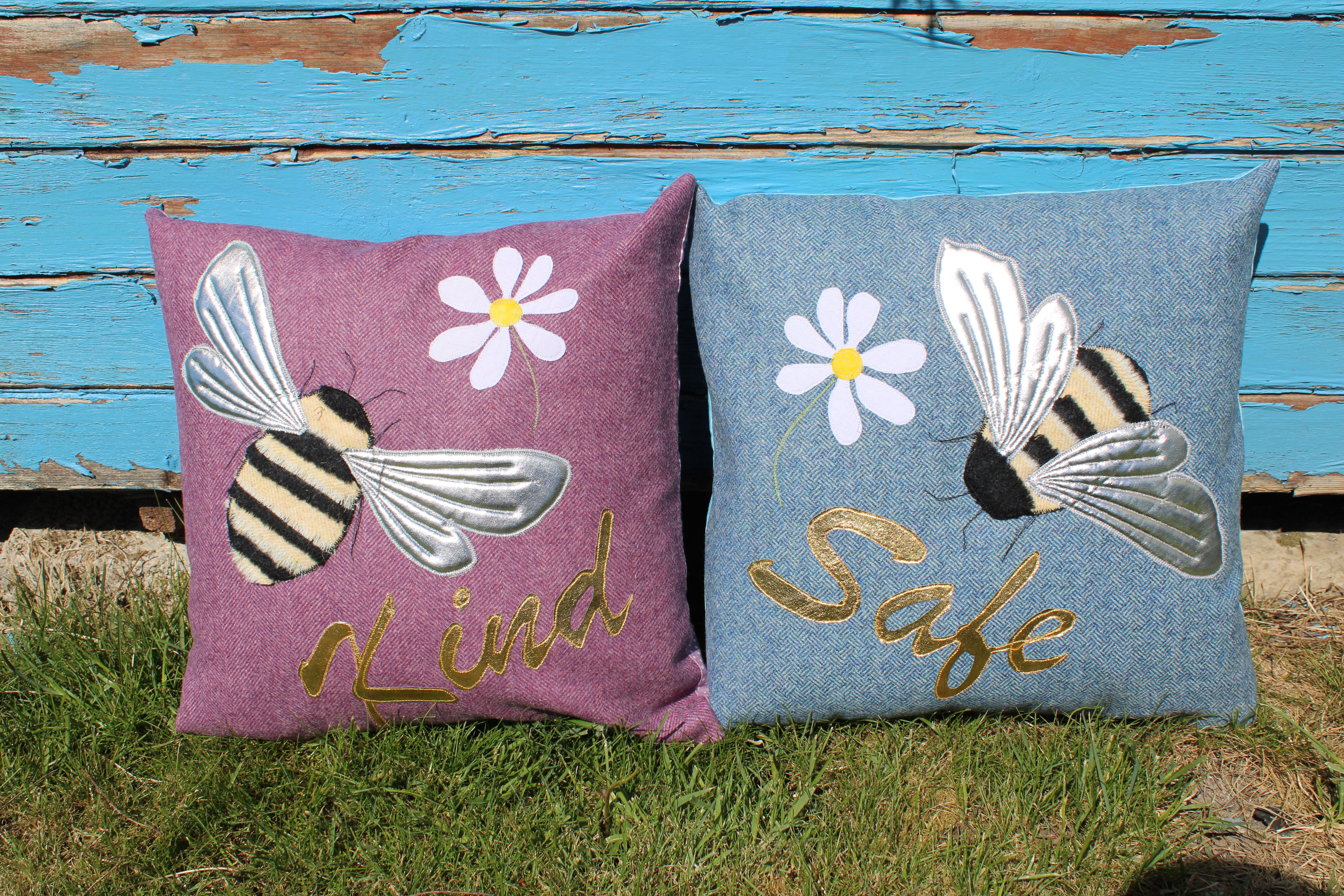 Bee Cushions applique pack