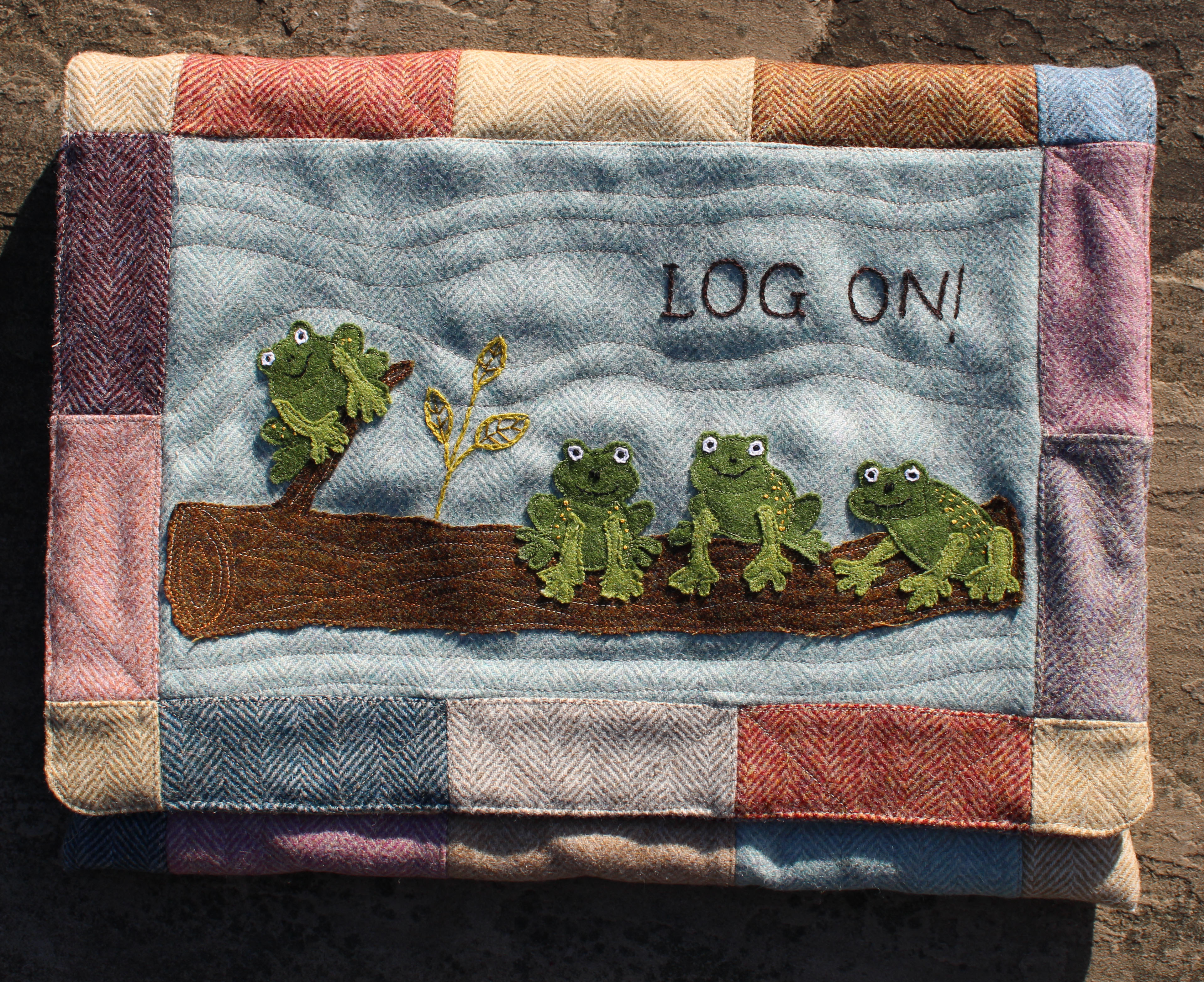 Log On, Log Off, Carry Case Sewing Pattern
